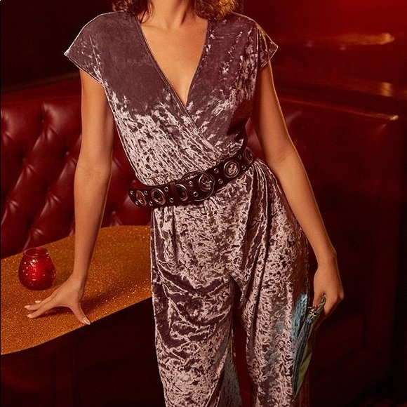 d6ee18a7a5d Urban Outfitters Crushed Velvet Jumpsuit. Urban Outfitters.  M 5aeb340d077b9730ea2709f6. M 5aeb340e31a3764556945c81.  M 5aeb340cdaa8f6bc9708d223